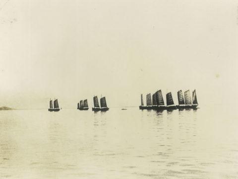 小舟で口之津港(島原南部)や三角港(熊本)へ石炭を運搬