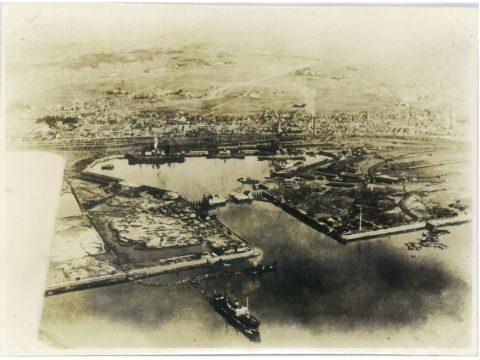 三池港船梁全景(航空写真)